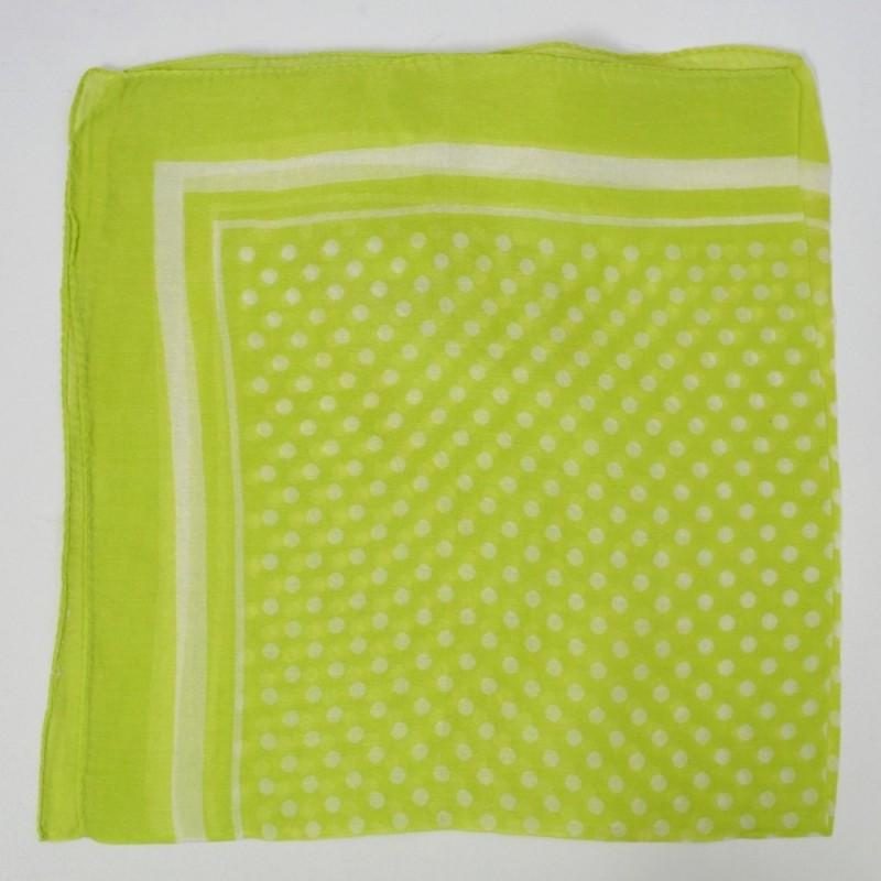 Petit carré en mousseline vert anis à pois