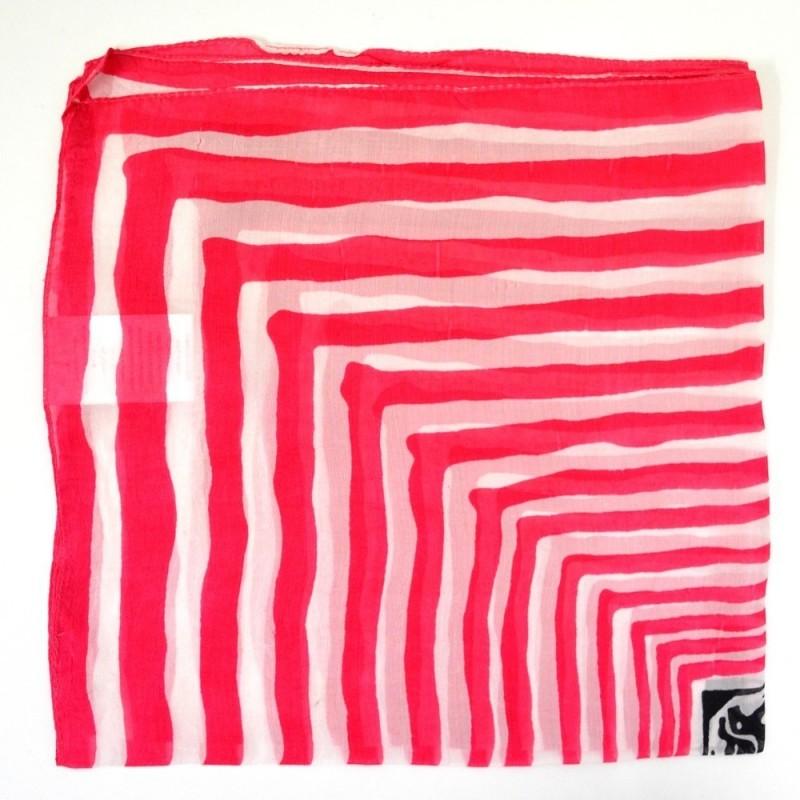 Petit carré en mousseline rayé rouge