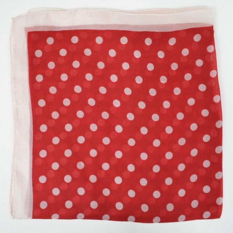 Petit carré en mousseline rouge à gros pois