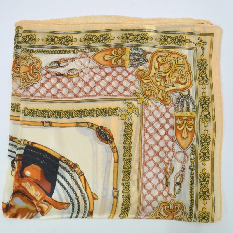 Petit carré en soie cheval beige