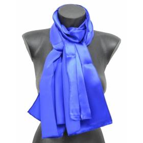 Echarpe en satin de soie bleue