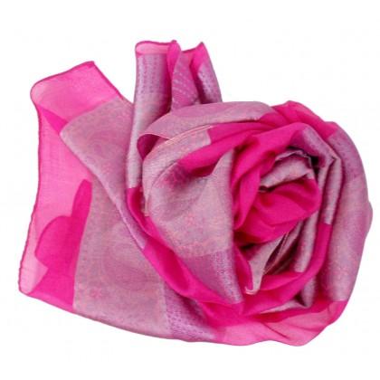 Foulard en soie rose