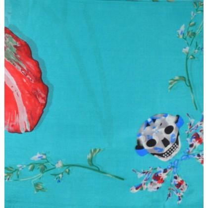 Etole en soie verte - fleurs et têtes de mort