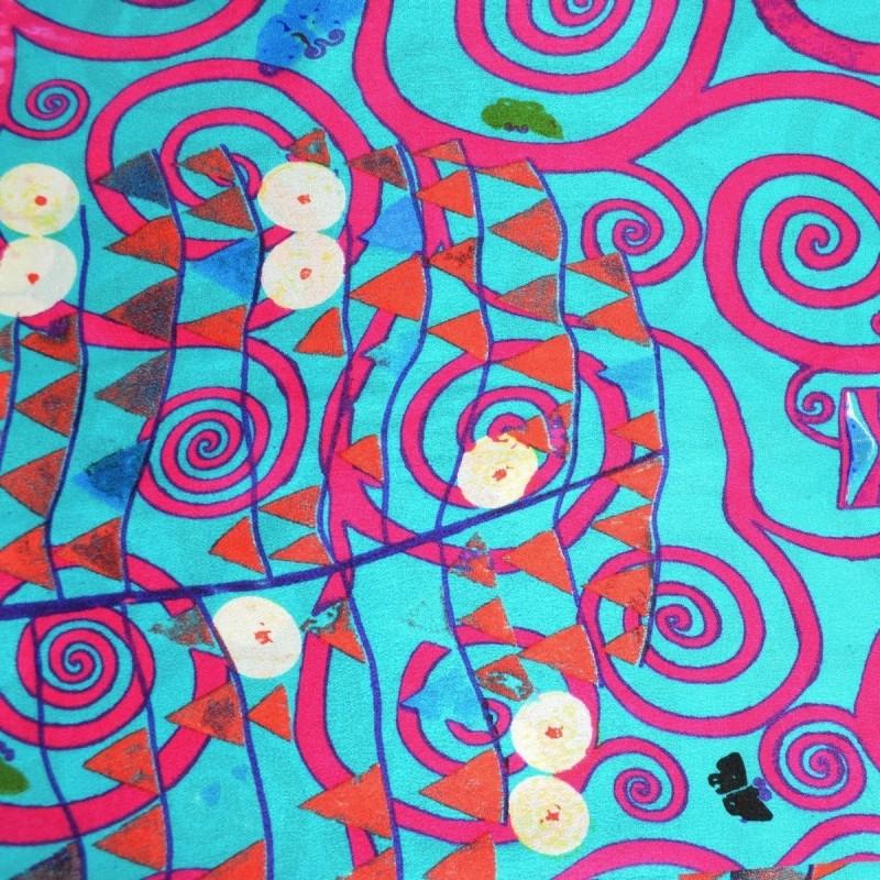 Echarpe en soie bleu