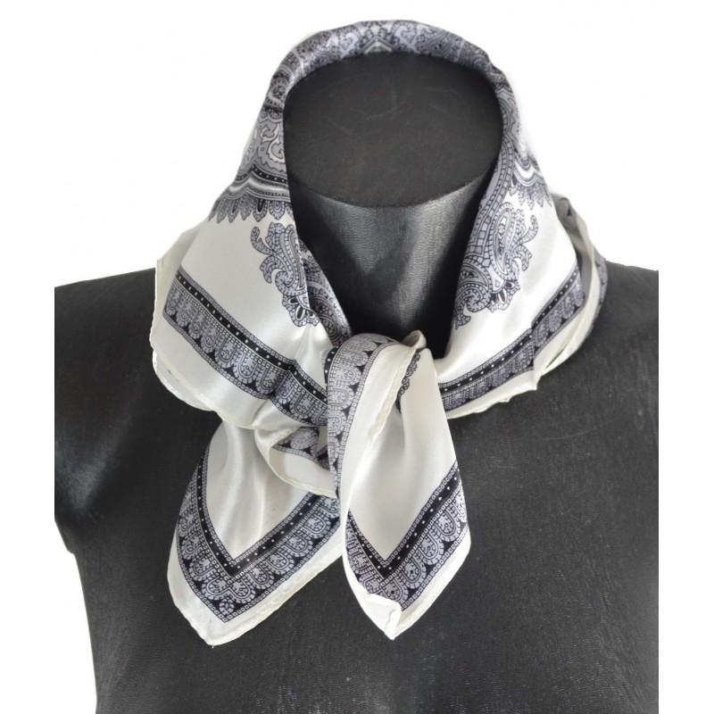 Petit carré en soie paisley blanc-noir