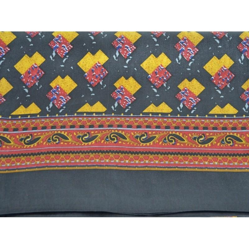 Foulard soie homme noir motifs géométriques