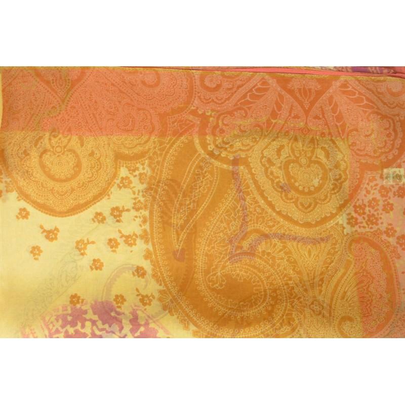 Echarpe en mousseline imprimée jaune paisley