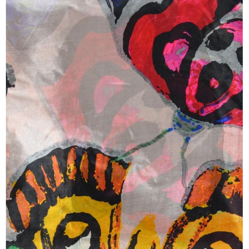 Cheche en soie papillons et fleurs
