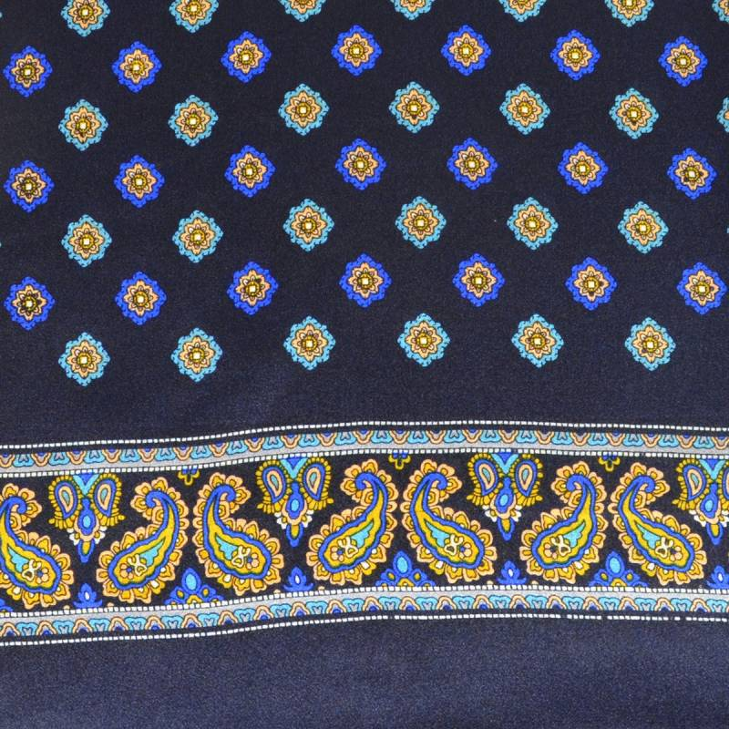 Foulard en soie bleu foncé à fleurs